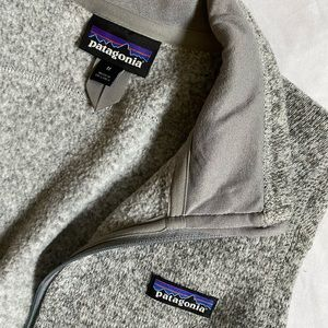 Like new heather gray Patagonia vest women's